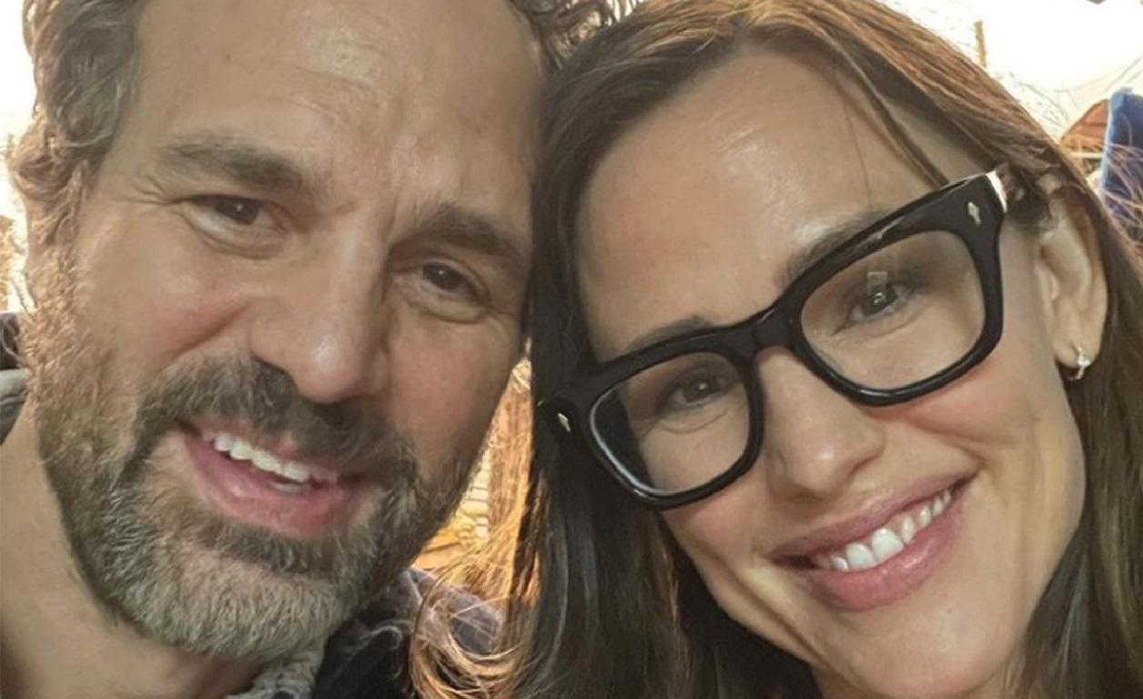 Mark Ruffalo and Jennifer Garner Reunited in 2021 in Canada
