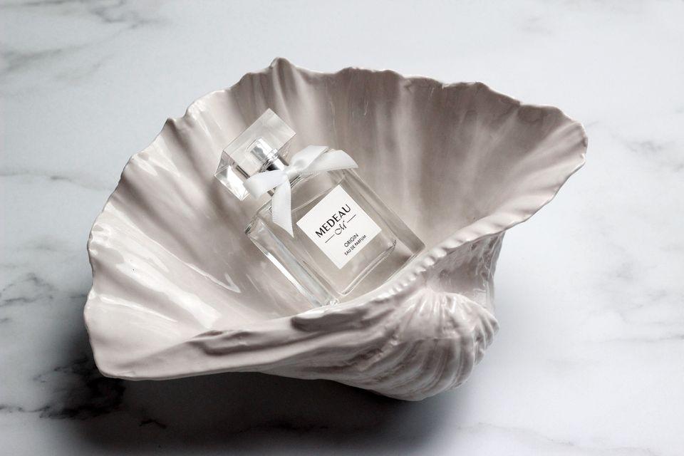 Medeau's debut perfume, Origin