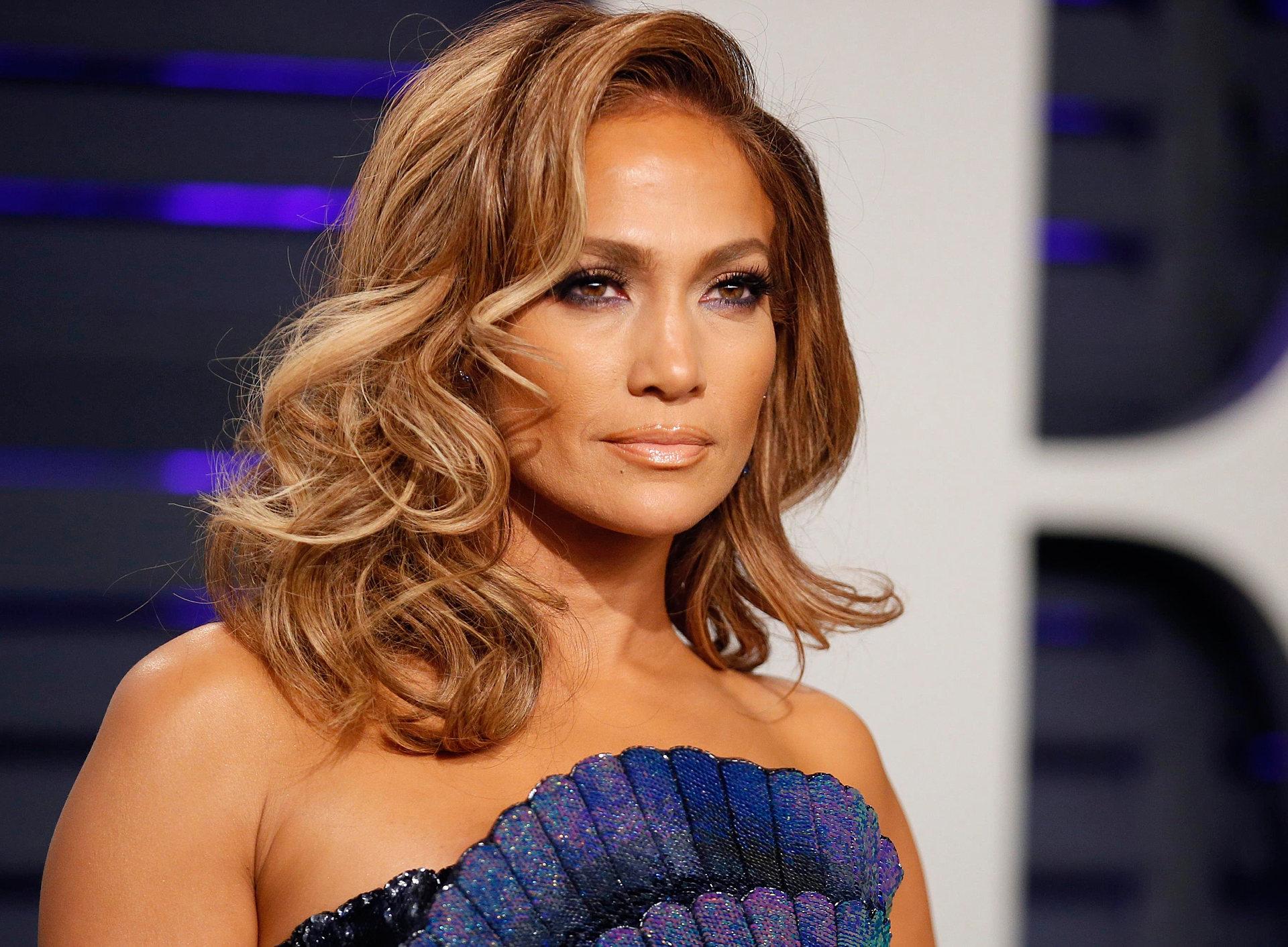 Jennifer Lopez Just Did a Very Public Fashion Faux Pas in Venice